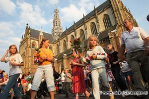 Foto Feestelijke intocht avond 4 daagse in Haarlem