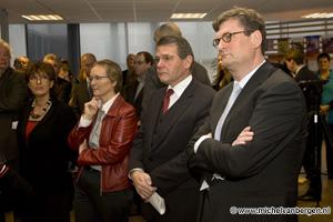 foto's Minister Donner opent  Mobiliteitscentrum in Haarlem