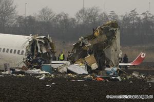 Foto's vliegtuig crash Schiphol Picture's airplane crash Schiphol Polderbaan