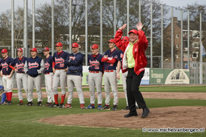 Foto Honkbalveld DSS in Pim Mulier Sportpark officieel in gebruik genomen