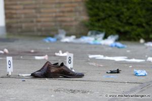 Foto Man zwaar gewond bij steekpartij na feest in Phoenixstraat