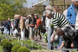Foto Tuinevemenent Stadskweektuin in Haarlem noord druk bezocht