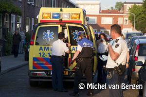 Foto Twee agenten gewond bij vechtpartij in Preangerstraat