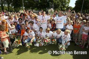 Foto's Hockey Bloemendaal - Amsterdam landstitel voor Bloemendaal