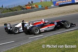 FotoFin Valtteri Bottas wint Fin Valtteri Bottas op circuit park Zandvoort