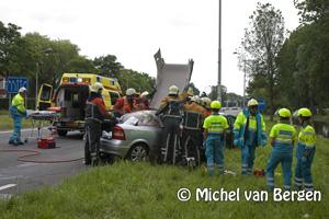 Foto Verkeer westelijke randweg Haarlem muurvast na verkeersongeval