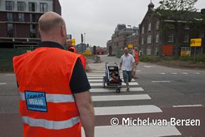 Foto Winkeliers Cronjé in actie tegen veiligere oversteek Kleverlaan