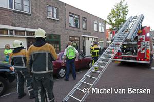 Foto Kleine brand in de keuken van een woning aan de Benviljoenstraat in Haarlem