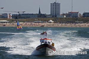 Foto Grote reddingsactie voor de Zandvoortse kust