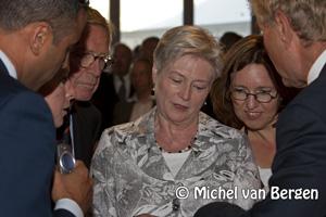 Foto Minister Maria van der Hoeven (Economische Zaken) opent Hiswa te water IJmuiden