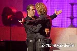 Foto Veldhuis en Kemper 'We moeten praten' in uitverkocht Caprera Bloemendaal