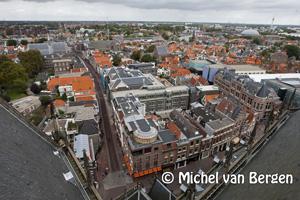 Foto Op de Grote of St. Bavokerk met de open monumenten dagen