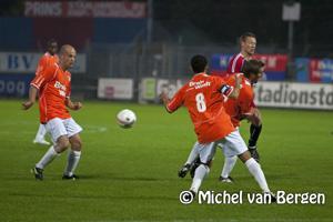 Foto HFC Haarlem wint in de slotfase van FC Den Bosch