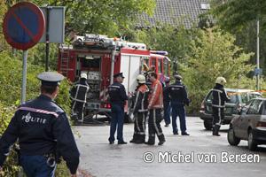 Foto Man raakt gewond na explosie in auto Glipperdreef in Heemstede (vermoedelijke aanslag)