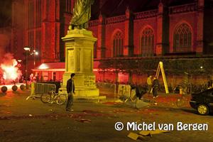 Foto Nieuwjaarsopstootje op de Grote Markt in Haarlem voor Postbus 51