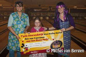 Foto Demelza wint met kleurwedstrijd reis naar Euro Disney
