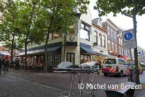 Foto Brandweer moet 5 minuten wachten voor paaltje Grote Houtstraat Haarlem