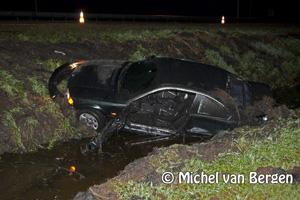 Foto Wederom een auto te water op het beruchte stukje N205