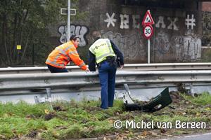 Foto Forse schade na eenzijdig ongeval Randweg Haarlem