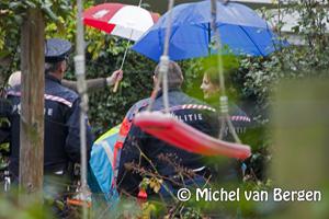 Foto Glazenwasser valt naar beneden Van Hogendorpstraat Haarlem