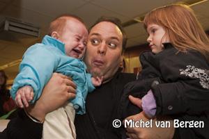 Foto Signeersessie met Frans Bauer in Cronjestraat druk bezocht