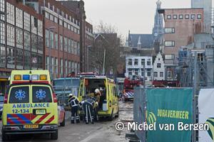 Foto Bouwvakker (53) gewond na val van 4,5 meter bij Raaks Parkeergarage Haarlem