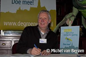 Foto Kopenhagen Express op Haarlem station en ondertekening milieuconvenant