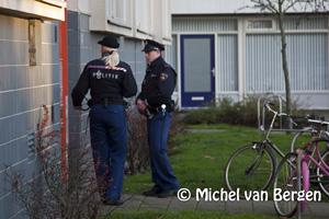 Foto Vrouw in woning bedreigd Van Loghemstraat in Haarlem