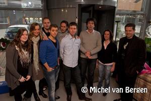 Foto Studenten 31 uur zonder eten in eigen glazen huis INHolland Haarlem