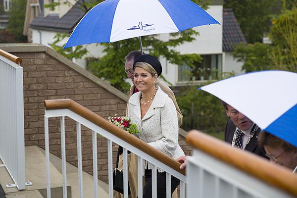 Koningin m xima opent fioretticollege in hillegom for 3d tekenprogramma