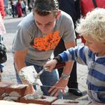 20080914_metseldemonstratie_grote_markt_03-150
