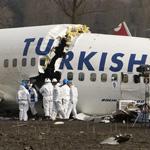 Onderzoek na vliegtuig crash Schiphol (Polderbaan) / Investigati