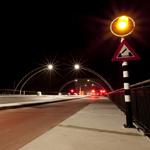 De Schoterbrug bij nacht