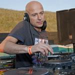 Dansen op het strand met DJ jean, Johan Gielen en Marco V