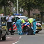 Fietsster valt na inhaalmanoeuvre Kleverparkweg