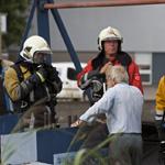Brandje in oude boot aan de Mincklersweg in de Waarderpolder Haa