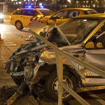 Bestuurster auto gewond na ongeval Houtveldweg Zaandam