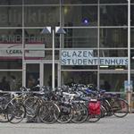 Studenten 31 uur zonder eten in eigen glazen huis INHolland Haar