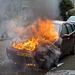 Auto uitgebrand aan de De Carpentierlaan in Haarlem