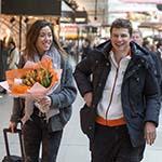 Wereldkampioenen schaatsen veilig geland op Schiphol