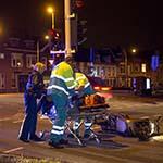 Fietser en scooter met elkaar in botsing op de Schalkwijkerstraat