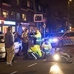 Motorrijder gewond na aanrijding met auto op de Rijksstraatweg