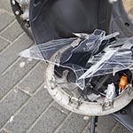 Man gewond na aanrijding met auto op de Leidsevaart in Haarlem