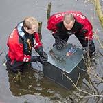 Onderzoek in het water aan Burgemeester Michielsenweg Halfweg