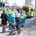 Bejaarde vrouw gewond na val met rollator op de Europaweg in Haarlem