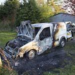 Busje in de brand gevlogen aan de Leidsevaartweg in Heemstede