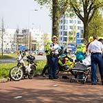 Snorfietser gewond na ongeval op de Schipholweg in Haarlem
