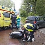 Scooterrijdster geschept door auto op de Johan Wagenaarlaan in Heemstede