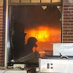 Grote brand een cafe / hotel in Bloemendaal