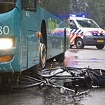Kind gewond na aanrijding met Connexxion bus in Haarlem